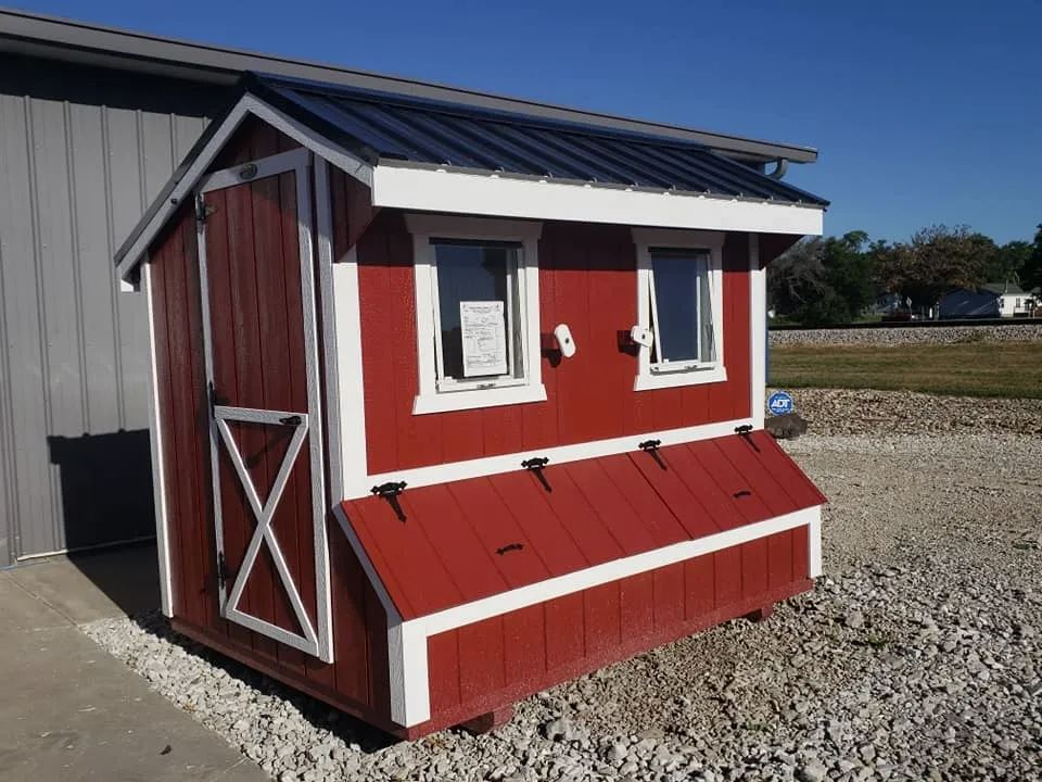 Chicken Coop w/ Electric